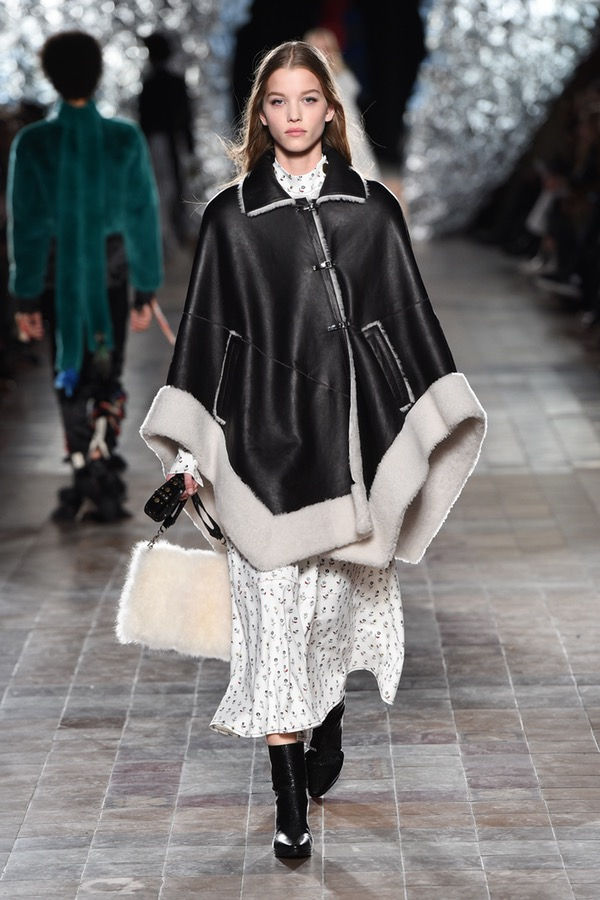 Sonia Rykiel Fall 2017 Ideas for Holiday Gifting