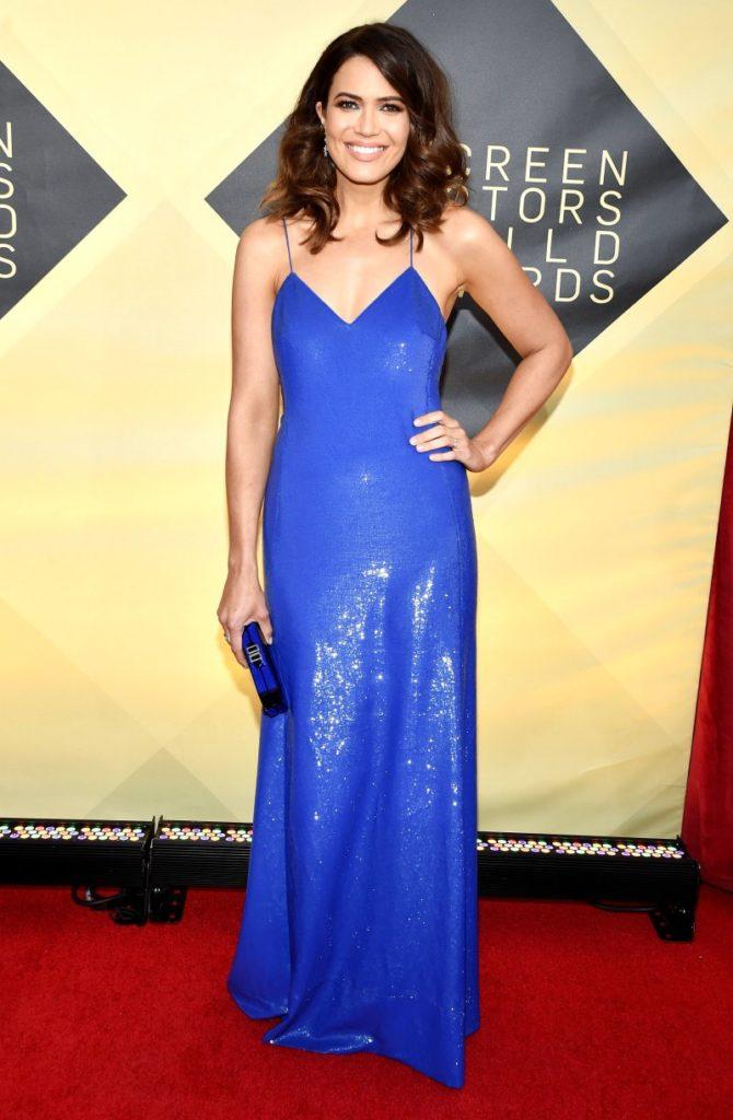 Mandy Moore in Ralph Lauren at the 2018 Screen Actors Guild Awards