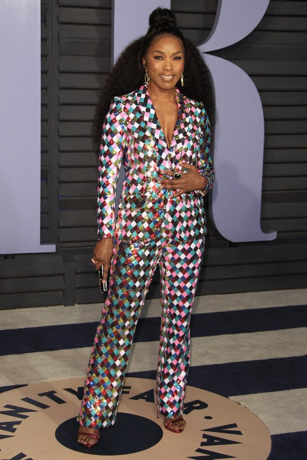 Ms. Angela Bassett saved all her sass for the Vanity Fair Oscar Party in this colorful and comfortable Teresa Helbig power suit at the 2018 Oscars
