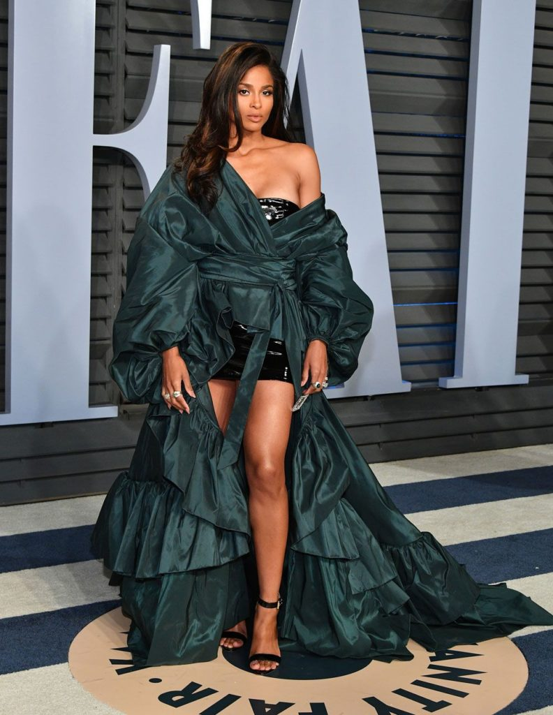 Stunning and stunting... Ciara in Alexandre Vauthier Couture at 2018 Oscars