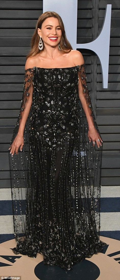 Sofia Vergara looks the best we've ever seen her in this stunning gypsy-inspired dress by Ralph & Russo at the 2018 Oscars