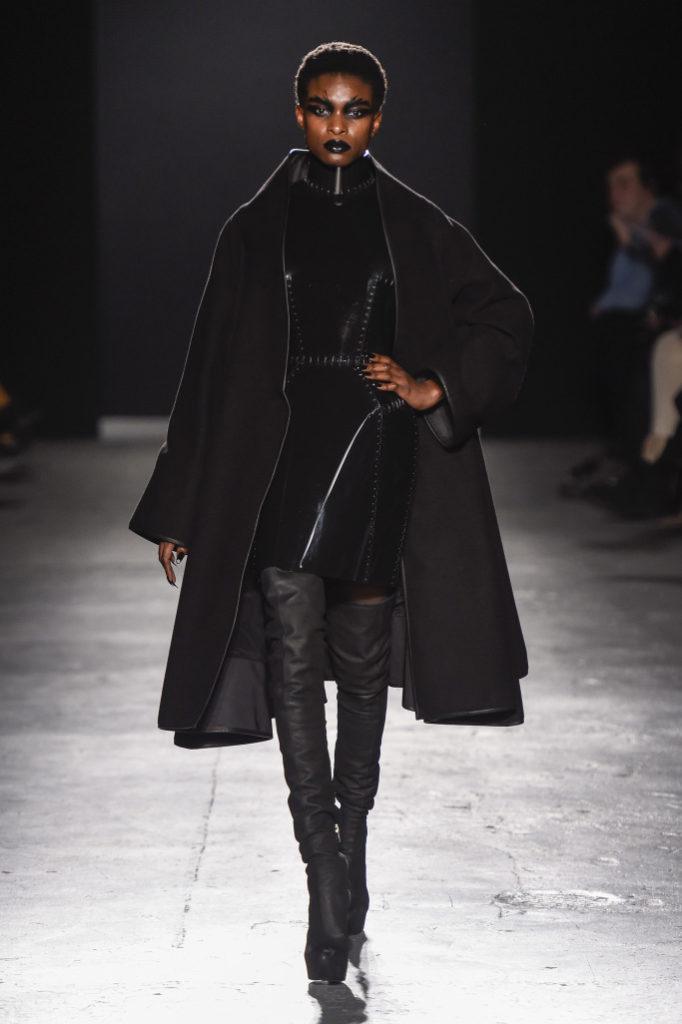 Gareth Pugh RTW Fall 2018 London Fashion Week
