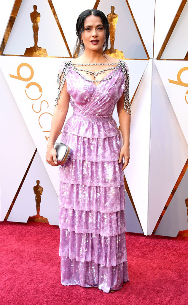 Selma ... que pasó? We know it's Gucci but it also hideous at the 2018 Oscars