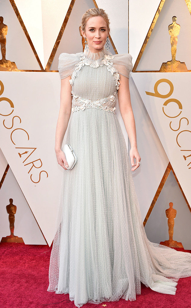 Emily Blunt was perfectly dreamy in her Schiaparelli gown at the Oscars