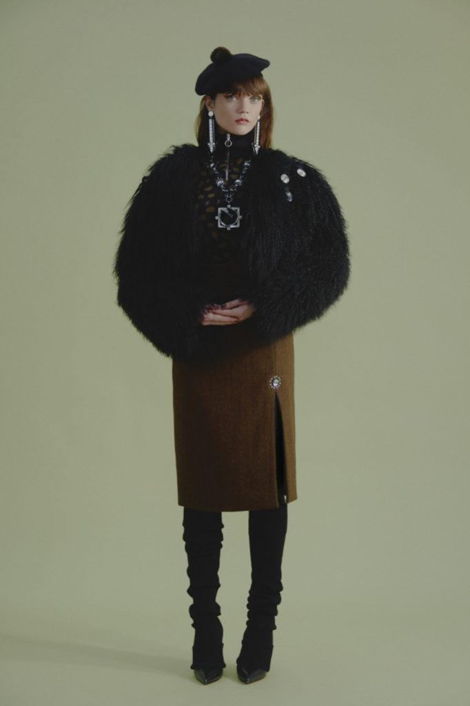 Holly Fulton RTW Fall 2018 london Fashion Week
