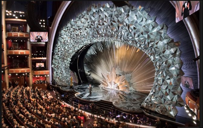 The magnificent set design at the 90th Oscars was reminiscent of exploring the caverns of a jeweled cave