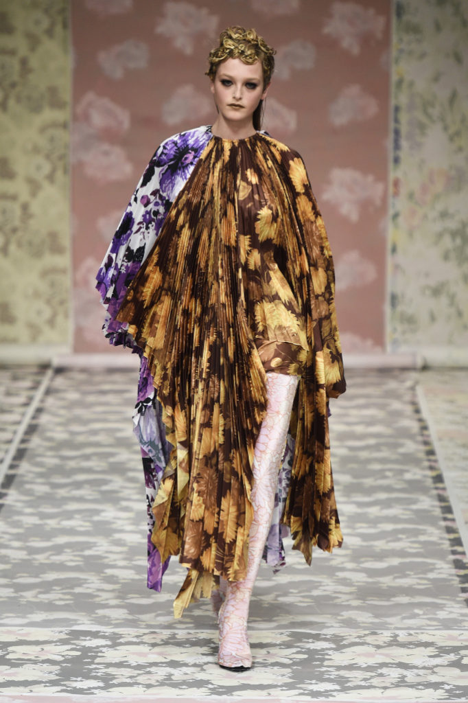 Richard Quinn RTW Fall 2018 London Fashion Week