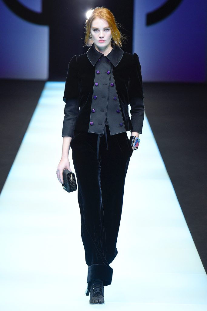 Giorgio Armani RTW Fall 2018 - MILAN Fashion Week