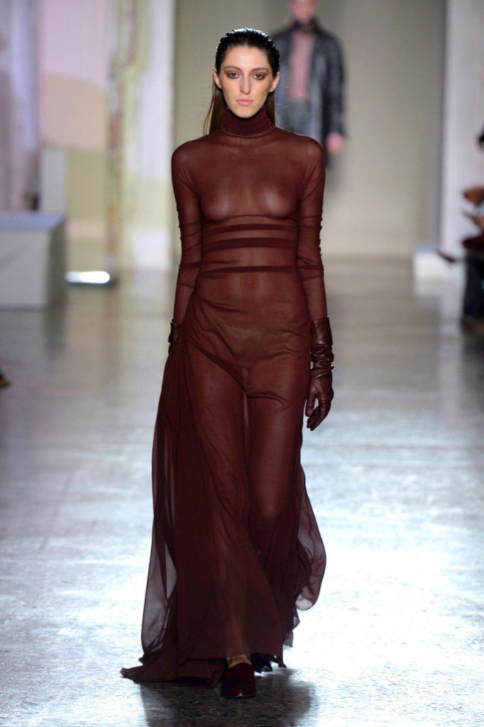 Calcaterra RTW Fall 2018 - Milan Fashion Week