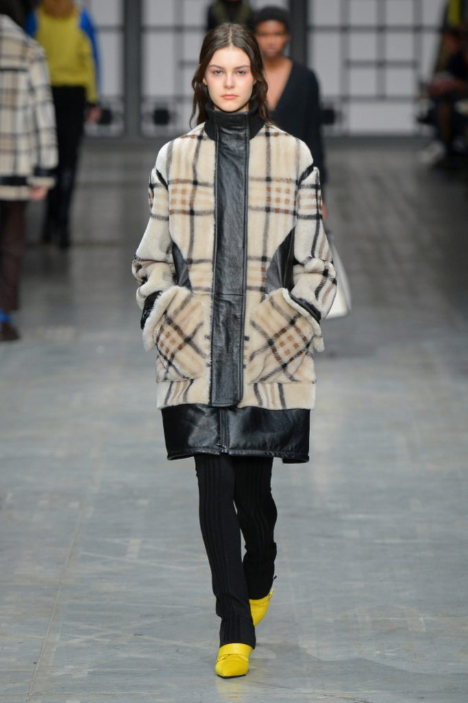 Trussardi RTW Fall 2018 - MILAN Fashion Week