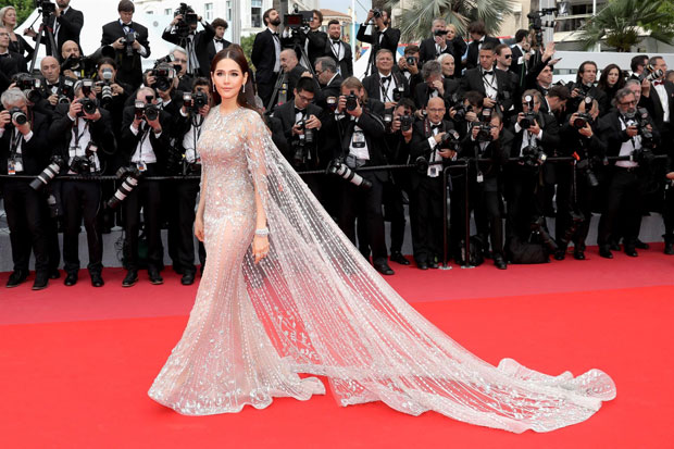 Chompoo Araya A. Hargate in Ralph and Russo during the 2018 Cannes Film Festival
