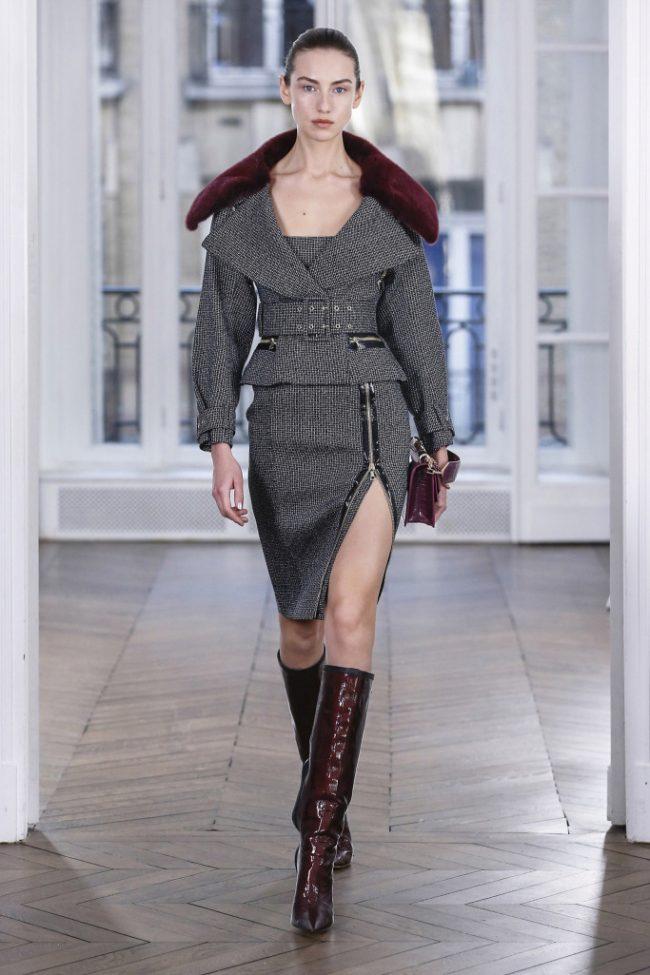 Ralph & Russo RTW Fall 2018 - Paris Fashion Week