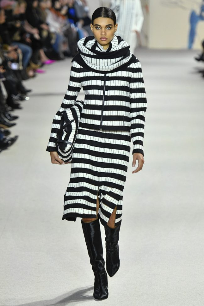 Akris RTW Fall 2018 - Paris Fashion Week