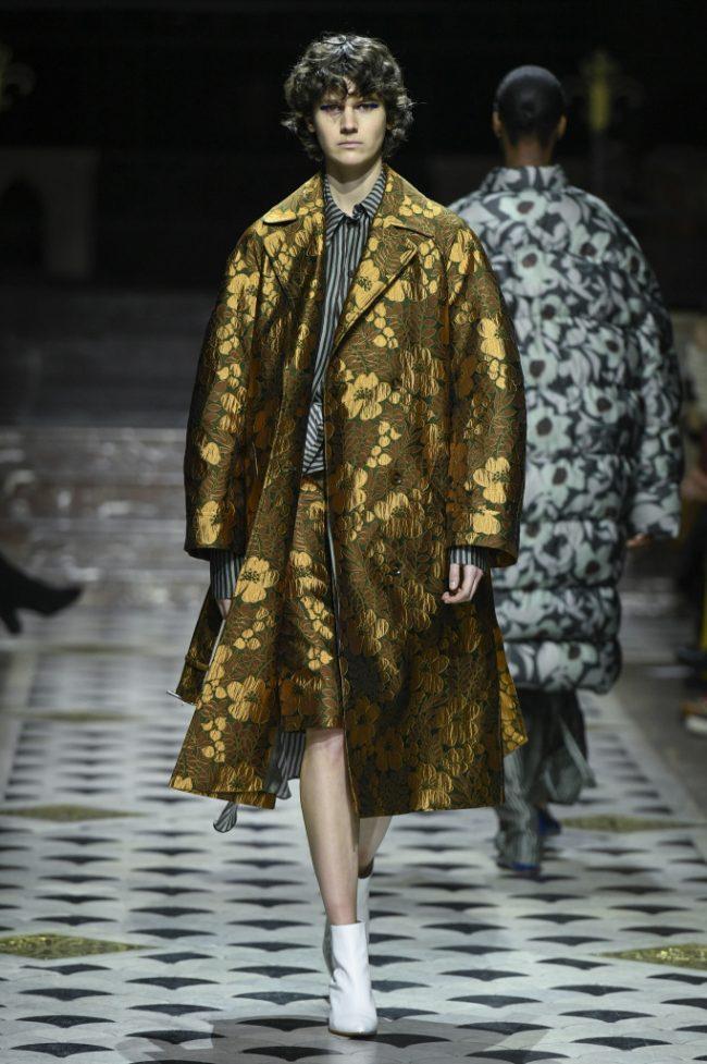 Christian Wijnants RTW Fall 2018 - Paris Fashion Week