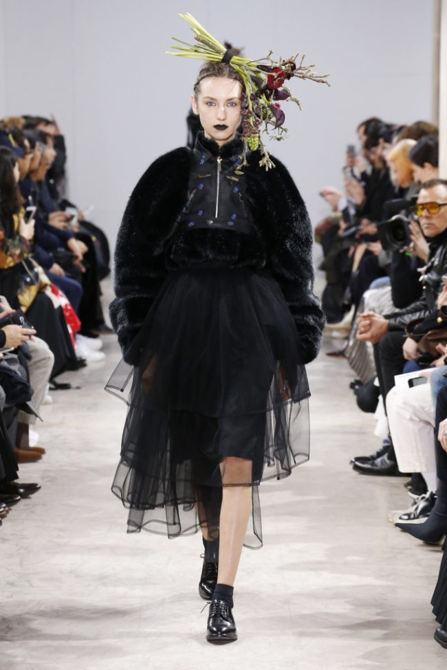 Noir Kei Ninomiya RTW Fall 2018 - Paris Fashion Week