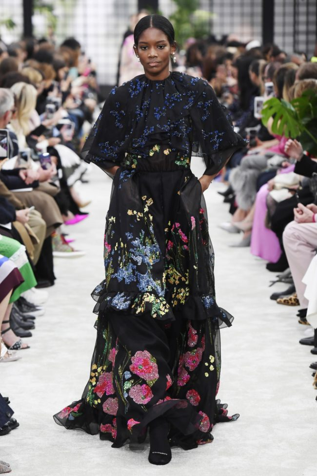 Valentino RTW Fall 2018 - Paris Fashion Week