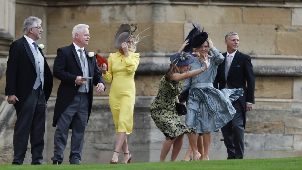 Guest arrive at the wedding of Princess Eugenie and Jack Brooksbank