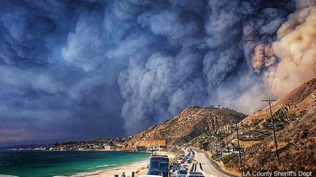 Memories to cherish The Woolsey Canyon Fire seen from Malibu, CA