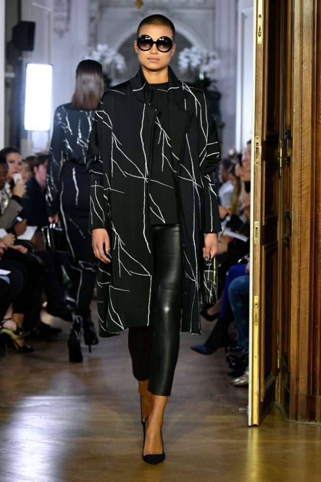 Guy Laroche RTW Fall 2019 Paris fashion Week