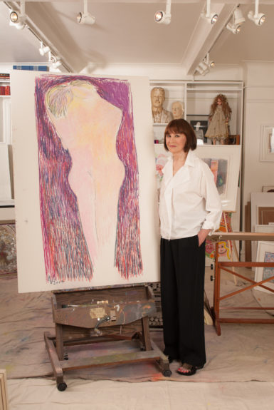 A prolific painter and creator of art installations, Gloria Vanderbilt curated a beautiful life on her own terms