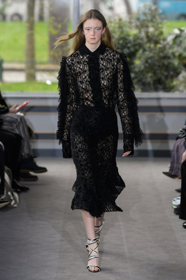 Anais Jourden RTW Fall 2019 Paris Fashion Week