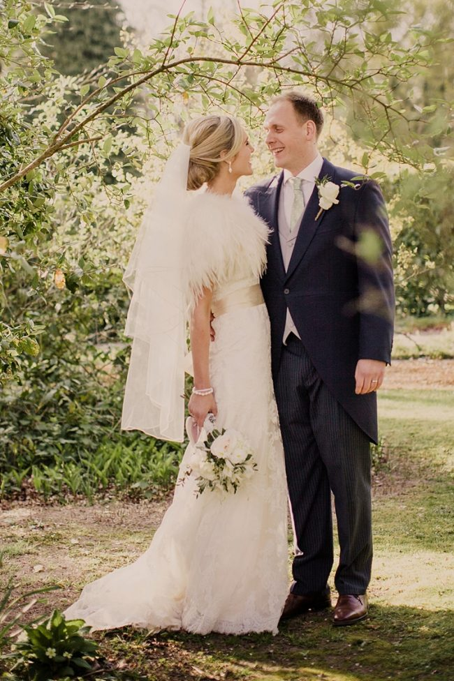 wedding ideas fur stoles