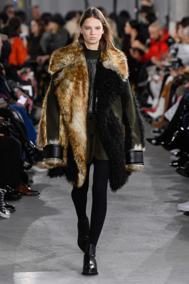 Sacai RTW Fall 2019 Paris Fashion Week