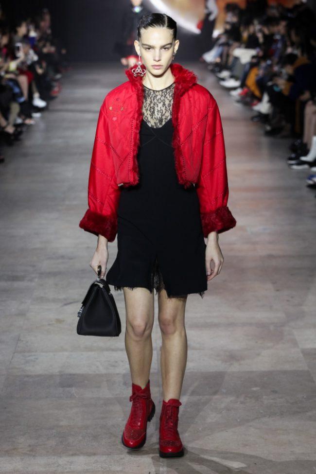 Shiatzy Chen RTW fall 2019 PARIS Fashion Week