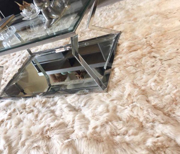 Alpaca fur rug home decor trends