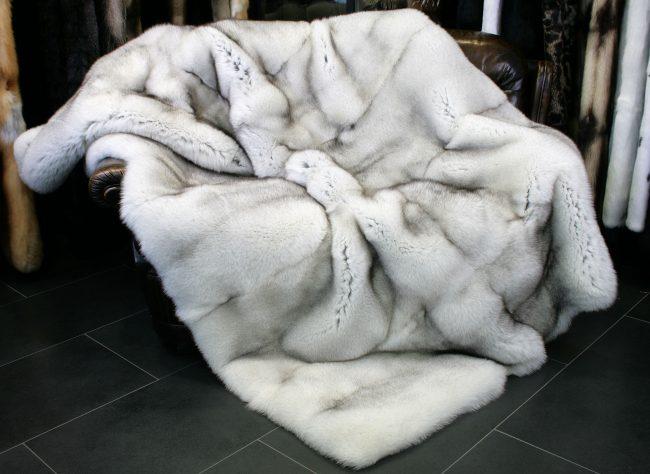 Blue Fox SAGA furs blanket home decor